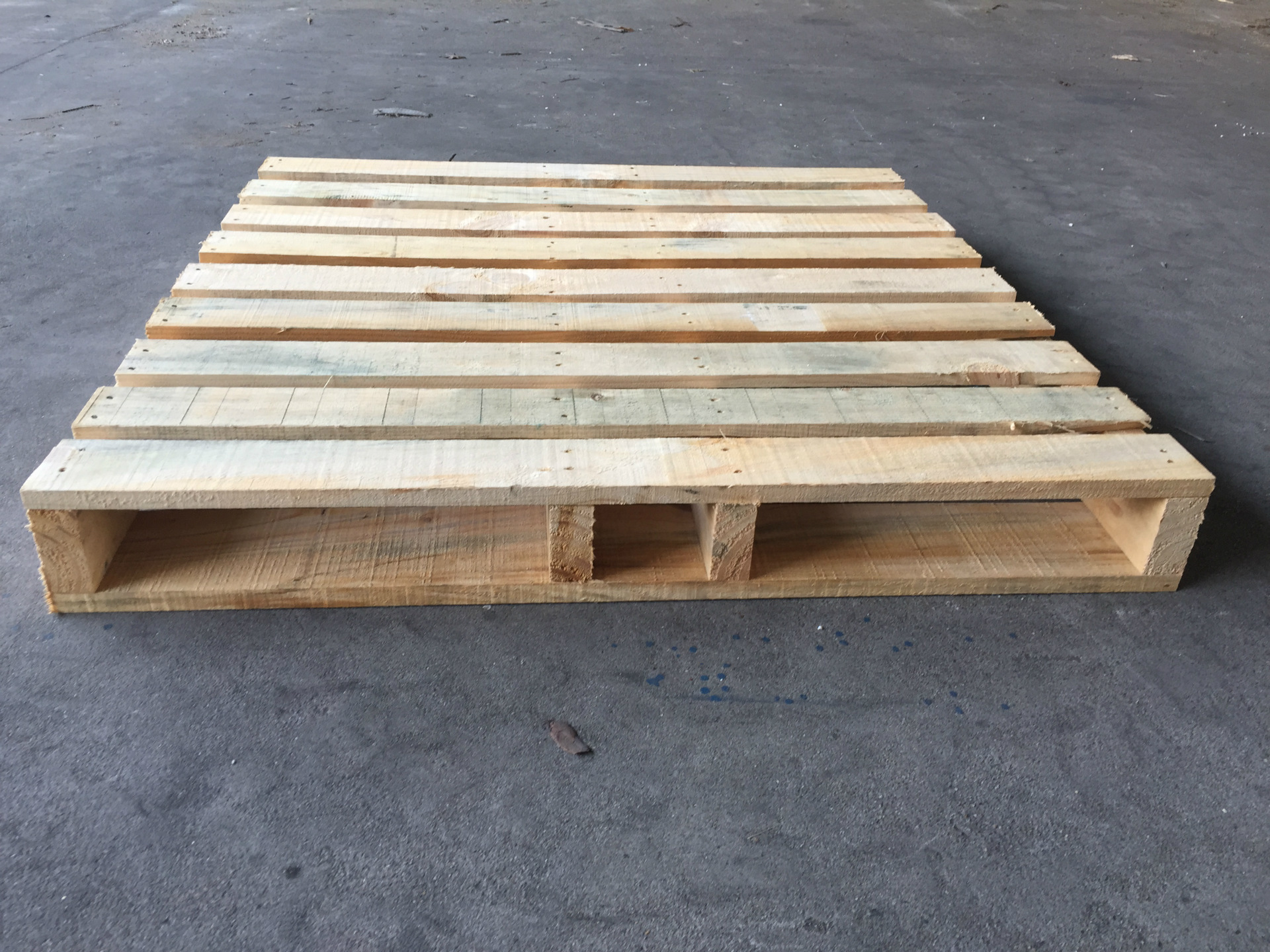 上海定制木托盘